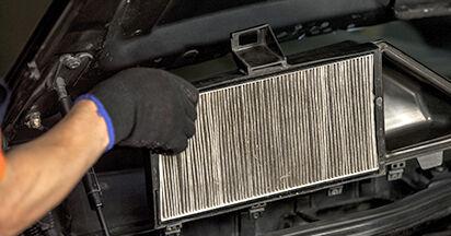 Comment retirer BMW 5 SERIES 525d 3.0 2005 Filtre d'Habitacle - instructions en ligne faciles à suivre