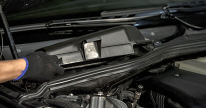 BMW 5 SERIES 525d 2.5 Filtre d'Habitacle remplacement: guides en ligne et tutoriels vidéo