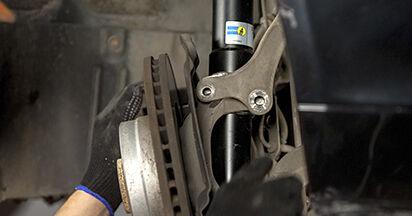 Wie man Stoßdämpfer am BMW 5 (E60) 2003 ersetzt - Hinweise und Ratschläge