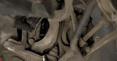 BMW E60 525d 2.5 2003 Ammortizzatori sostituzione: manuali dell'autofficina
