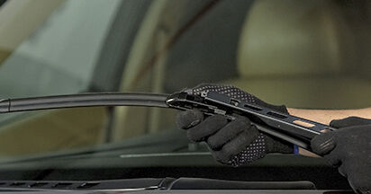 How to remove BMW 5 SERIES 525d 3.0 2005 Wiper Blades - online easy-to-follow instructions