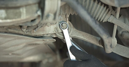 Domlager Ihres BMW E60 525d 2.5 2009 selbst Wechsel - Gratis Tutorial