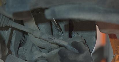 Wie Domlager BMW E60 530d 3.0 2001 tauschen - Kostenlose PDF- und Videoanleitungen
