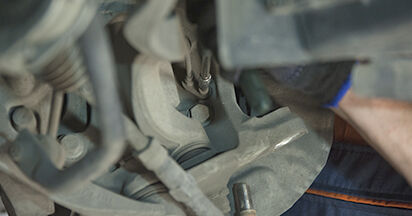 Wechseln Domlager am BMW 5 (E60) 520i 2.2 2004 selber