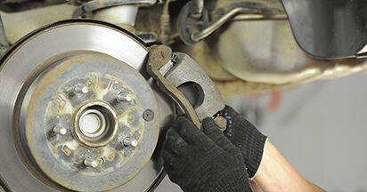 Wie HYUNDAI SANTA FE 2.2 CRDi GLS 2009 Bremsscheiben ausbauen - Einfach zu verstehende Anleitungen online