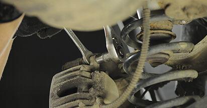 Tausch Tutorial Bremsbeläge am HYUNDAI SANTA FÉ II (CM) 2009 wechselt - Tipps und Tricks