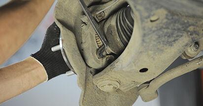 Wie HYUNDAI SANTA FE 2.2 CRDi GLS 2009 Radlager ausbauen - Einfach zu verstehende Anleitungen online