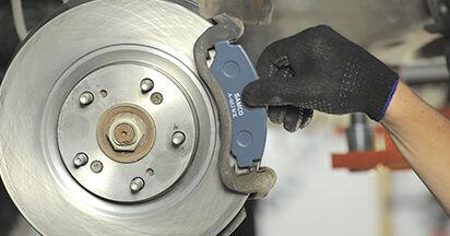 HONDA CR-V 2.4 Bremsbeläge ausbauen: Anweisungen und Video-Tutorials online