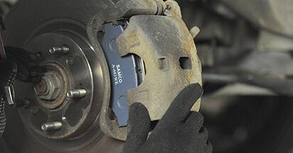 CR-V II (RD_) 2.4 2006 2.2 CTDi (RD9) Bremsbeläge - Handbuch zum Wechsel und der Reparatur eigenständig