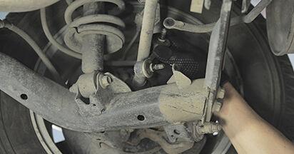 Wechseln Koppelstange am HONDA CR-V II (RD_) 2.4 Vtec 4WD 2004 selber