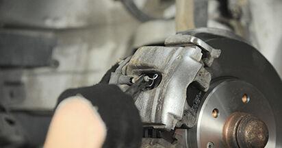 Mercedes W210 E 220 CDI 2.2 (210.006) 1997 Brake Pads replacement: free workshop manuals
