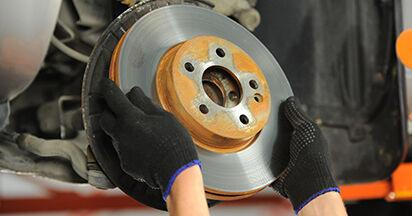 Wie schwer ist es, selbst zu reparieren: Bremsscheiben Mercedes Viano W639 CDI 2.0 (639.811, 639.813, 639.815) 2009 Tausch - Downloaden Sie sich illustrierte Anleitungen