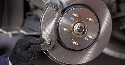 HONDA CR-V 2.0 Flex Bremsbeläge ausbauen: Anweisungen und Video-Tutorials online