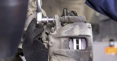 Wie Bremsbeläge Honda CR-V III 2.2 i-CTDi 4WD (RE6) 2006 tauschen - Kostenlose PDF- und Videoanleitungen