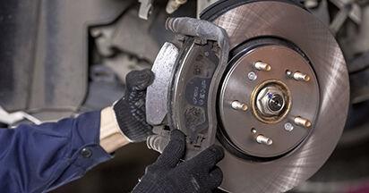 Bremsbeläge beim HONDA CR-V 2.4 i-VTEC 2013 selber erneuern - DIY-Manual