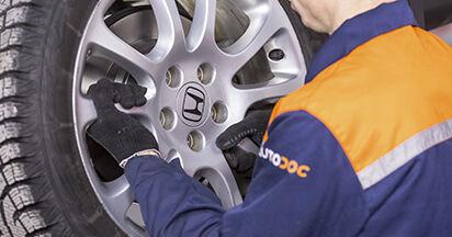 Wie Bremsbeläge HONDA CR-V III (RE) 2.0 i 4WD (RE5) 2007 austauschen - Schrittweise Handbücher und Videoanleitungen