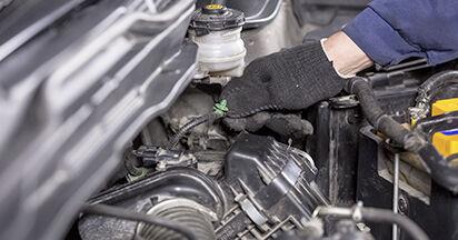 Jak wymienić HONDA CR-V III (RE) 2.2 i-CTDi 4WD (RE6) 2007 Filtr powietrza - instrukcje krok po kroku i filmiki instruktażowe