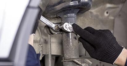 Koppelstange Honda CR-V III 2.2 i-DTEC 4WD (RE6) 2008 wechseln: Kostenlose Reparaturhandbücher