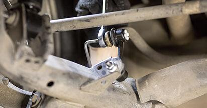 Koppelstange am HONDA CR-V III (RE) 2.4 4WD (RE4) 2011 wechseln – Laden Sie sich PDF-Handbücher und Videoanleitungen herunter