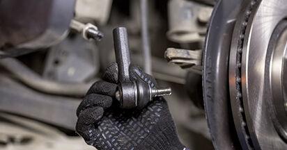 Spurstangenkopf beim HONDA CR-V 2.4 i-VTEC 2013 selber erneuern - DIY-Manual