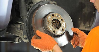 Wie schwer ist es, selbst zu reparieren: Bremsscheiben Audi A4 b7 1.8 T 2005 Tausch - Downloaden Sie sich illustrierte Anleitungen