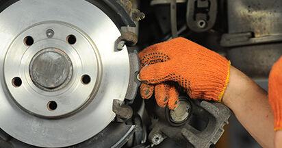 Bremsbeläge beim AUDI A4 2.0 TDI 2006 selber erneuern - DIY-Manual