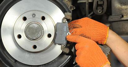 Bremsbeläge Ihres Audi A4 b7 2.0 TDI 16V 2007 selbst Wechsel - Gratis Tutorial