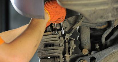 A4 Avant (8ED, B7) 2.0 TFSI quattro 2005 2.0 TDI 16V Bremsbeläge - Handbuch zum Wechsel und der Reparatur eigenständig