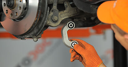 Koppelstange am AUDI A4 Avant (8ED, B7) 3.0 TDI quattro 2004 wechseln – Laden Sie sich PDF-Handbücher und Videoanleitungen herunter