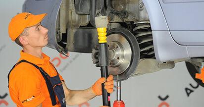 Så lång tid tar det att byta Fjäderbenslagring på Audi A4 b7 2007 – informativ PDF-manual