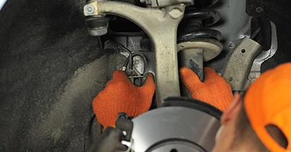 Wie Radlager AUDI A4 Avant (8ED, B7) 2.0 TDI 16V 2005 austauschen - Schrittweise Handbücher und Videoanleitungen