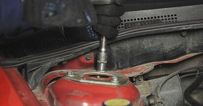 Cât de greu este să o faceți singur: înlocuirea Amortizor la Mazda 3 bk 1.6 MZ-CD 2009 - descărcați ghidul ilustrat