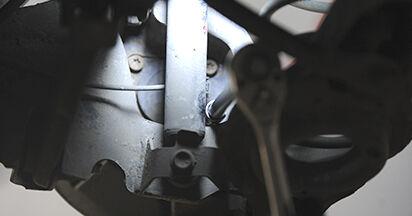 Recomandările pas cu pas pentru înlocuirea de sine stătătoare Mazda 3 bk 2009 1.4 Rulment roata