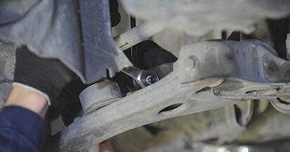 Wie schwer ist es, selbst zu reparieren: Koppelstange Mazda 3 bk 1.6 MZ-CD 2009 Tausch - Downloaden Sie sich illustrierte Anleitungen