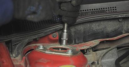 Wie schwer ist es, selbst zu reparieren: Federn Mazda 3 bk 1.6 MZ-CD 2009 Tausch - Downloaden Sie sich illustrierte Anleitungen