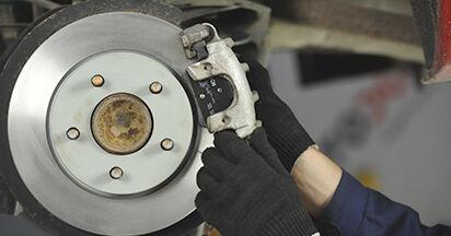 Schritt-für-Schritt-Anleitung zum selbstständigen Wechsel von Mazda 3 bk 2009 1.4 Bremsbeläge