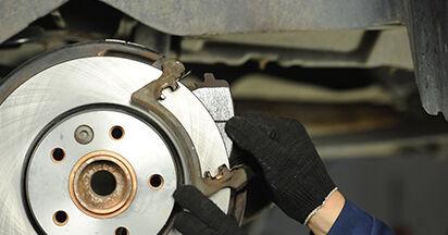 Bremsscheiben VW T5 Pritsche 1.9 TDI 2005 wechseln: Kostenlose Reparaturhandbücher