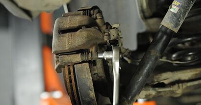 VW T5 Platform 2.5 TDI 4motion 2005 Brake Discs replacement: free workshop manuals