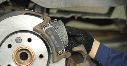 Combien de temps dure le remplacement : Plaquettes de Frein sur VW T5 Сamion à Plateau 2011 - manuel PDF informatif