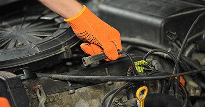 Zündkerzen Audi 80 b4 1.9 TDI 1993 wechseln: Kostenlose Reparaturhandbücher