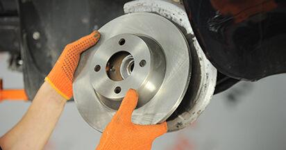 Wie schwer ist es, selbst zu reparieren: Radlager Audi 80 b4 1.9 TD 1993 Tausch - Downloaden Sie sich illustrierte Anleitungen