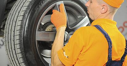 Austauschen Anleitung Bremsscheiben am Volvo XC90 1 2012 2.4 D5 selbst