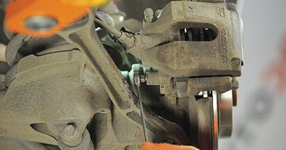 Bremsbeläge am VOLVO XC90 I 2.4 D5 AWD 2007 wechseln – Laden Sie sich PDF-Handbücher und Videoanleitungen herunter