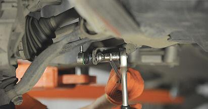 Wie schwer ist es, selbst zu reparieren: Koppelstange Volvo XC90 1 2.4 D3 / D5 2008 Tausch - Downloaden Sie sich illustrierte Anleitungen
