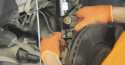 Wechseln Sie Federn beim Volvo XC90 1 2012 2.4 D5 selber aus