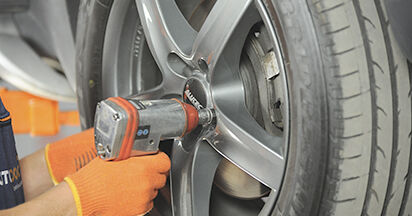 Stufenweiser Leitfaden zum Teilewechsel in Eigenregie von Volvo XC90 1 2002 3.2 AWD Federn
