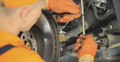 Wie schwer ist es, selbst zu reparieren: Spurstangenkopf Volvo XC90 1 2.4 D3 / D5 2008 Tausch - Downloaden Sie sich illustrierte Anleitungen