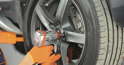 Schritt-für-Schritt-Anleitung zum selbstständigen Wechsel von Volvo XC90 1 2002 3.2 AWD Traggelenk