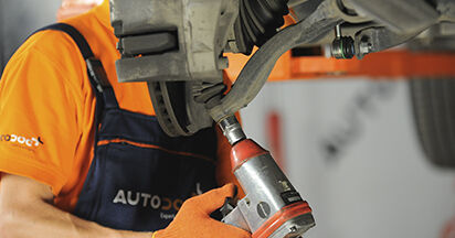 Traggelenk Volvo XC90 1 2.9 T6 2004 wechseln: Kostenlose Reparaturhandbücher