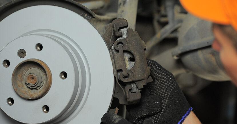BMW 3 SERIES 316i 1.9 Bremsscheiben ausbauen: Anweisungen und Video-Tutorials online